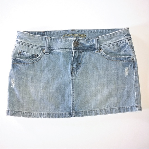 American Eagle Outfitters Dresses & Skirts - American Eagle Distressed Denim Skirt Size 10